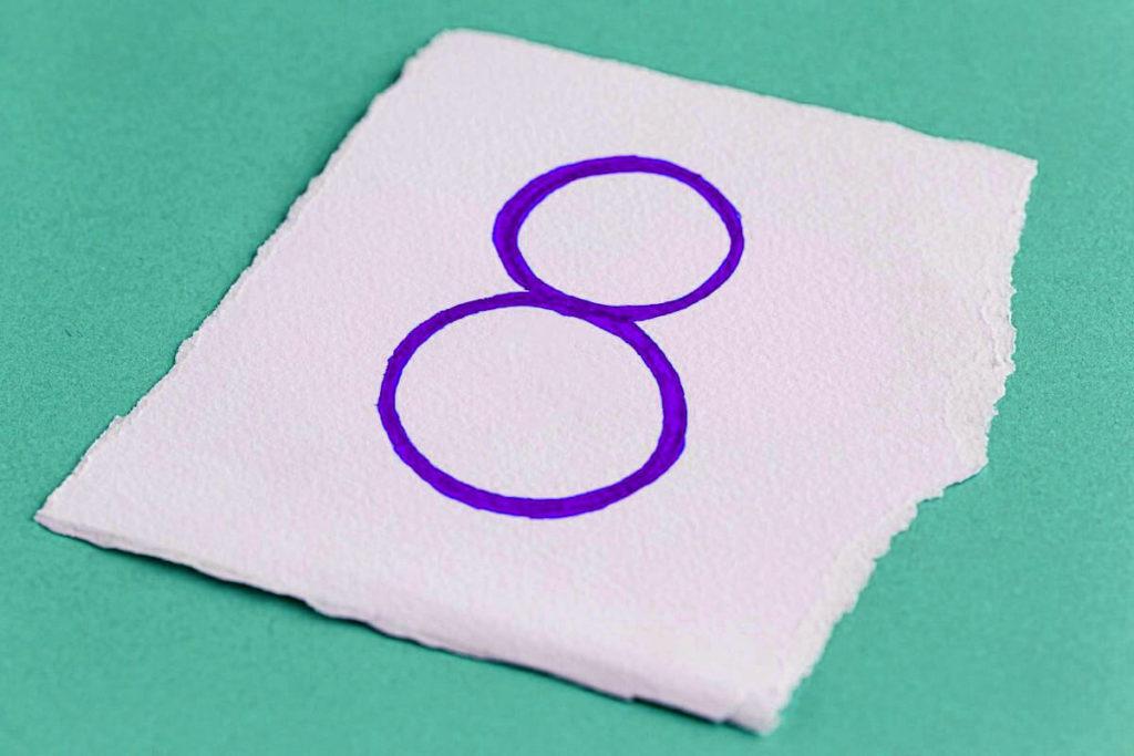 Число судьбы 8 фото 4
